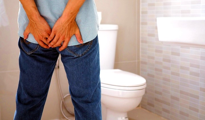 The Asian Squatting Way Of Using Toilets Is Actually Better Than Sitting    TRP