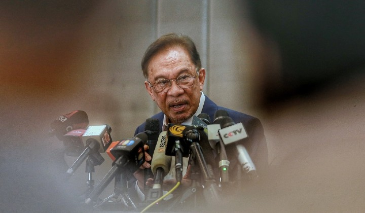 Anwar Ibrahim S New Government Who Said What So Far Trp